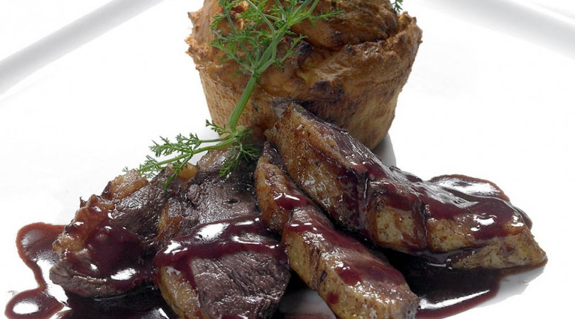 Braised duck chest with Barolo
