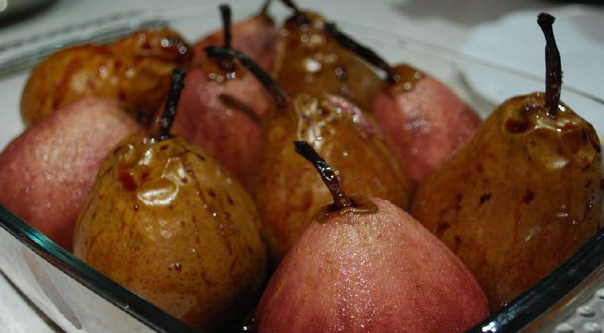 Pears with wine