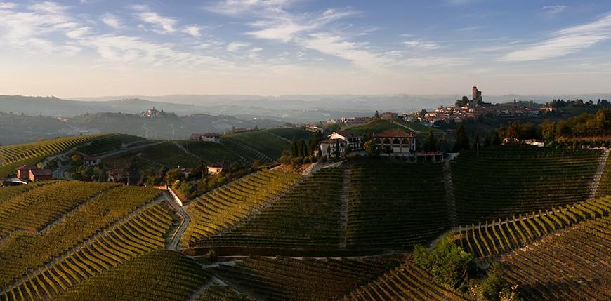 Vista di Serralunga - foto di Corrado Morando (pomodoroeliquirizia.com)