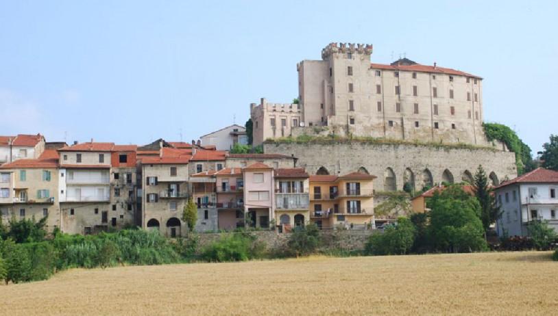Castello dei Caldera