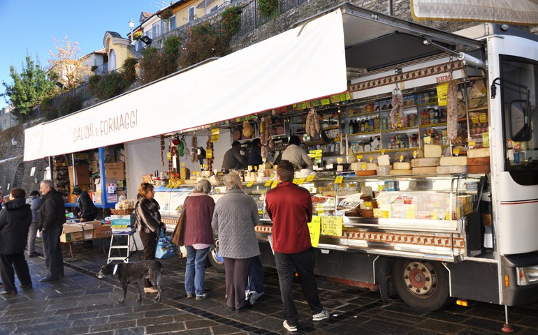 mercato_murazzano1