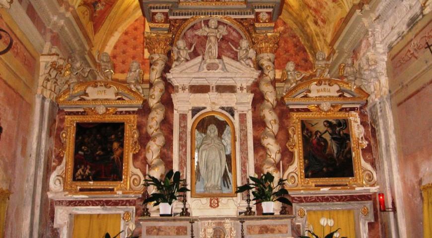 Santuario di Gottasecca - Altare