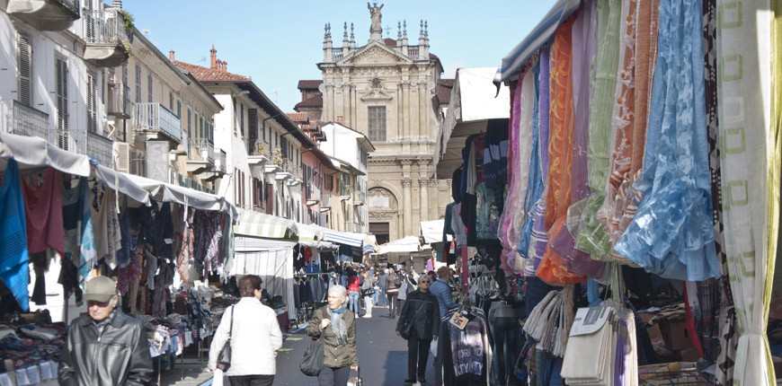 mercato_bra_via_garibaldi_1