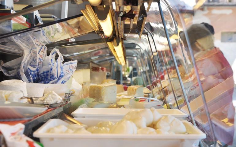 Il banco del formaggio