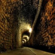 Fontanafredda - Corridoio stretto delle cantine
