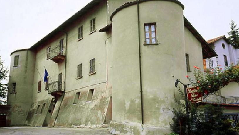 The castle of Benevello