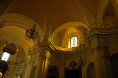 Mombaldone: la parrocchiale di San Nicolao