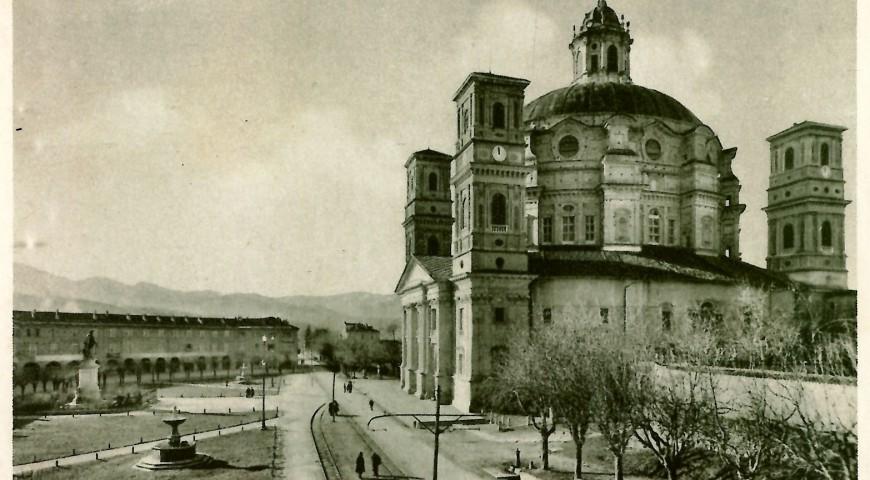 Il tamburo e la cupole in una foto d'epoca
