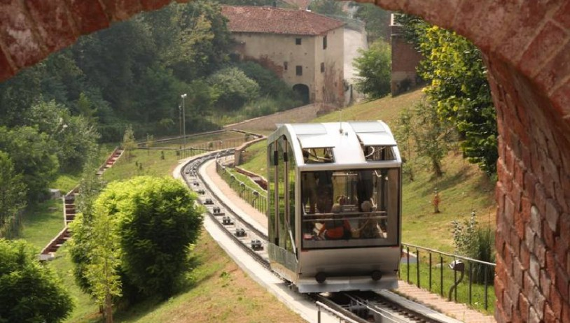 The Mondovì funicular railway