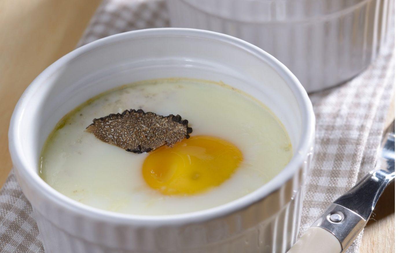 Uovo in cocotte con tartufo