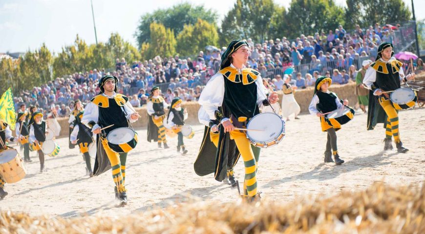 Musici e tamburini del borgo Moretta