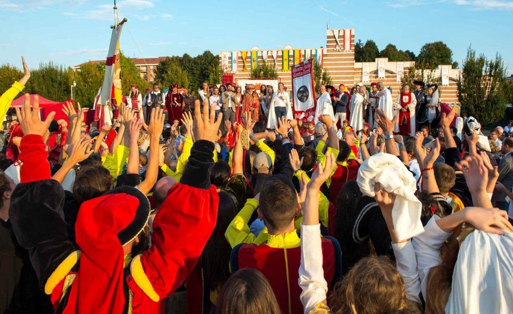 Il borgo Patin e Tesor festeggia la vittoria del Palio degli Asini 2016