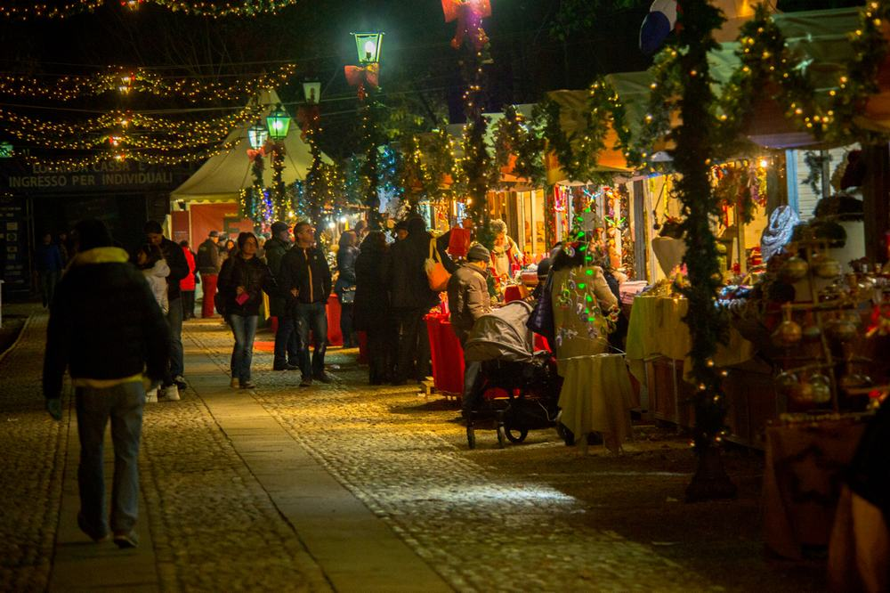 the-magical-christmas-town-local-market-in-govone-7events