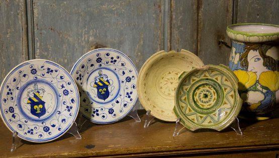I mercati specializzati: ceramica, vintage e mobile antico