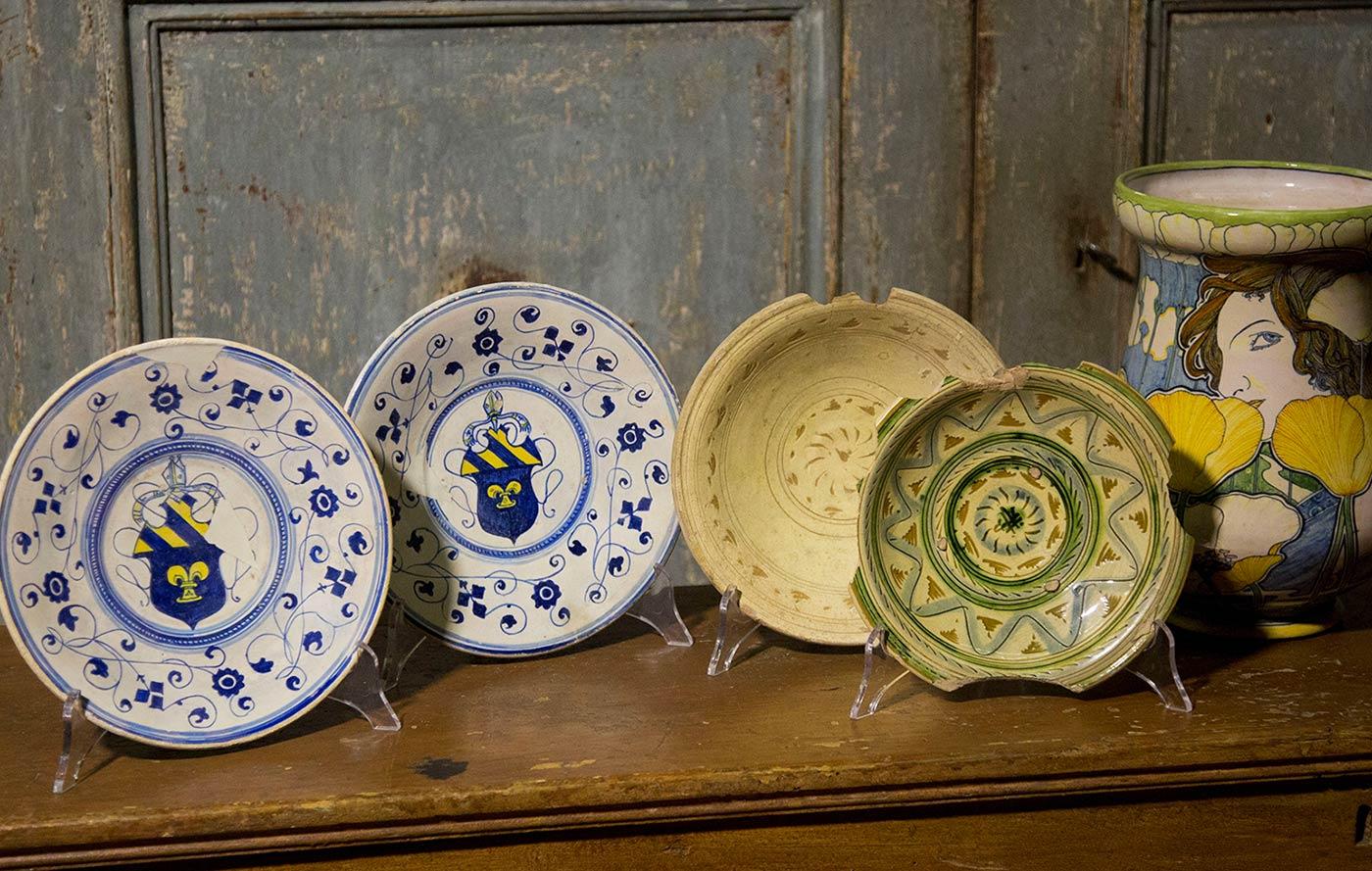 I mercati specializzati: ceramica vintage e mobile antico u003e sagre