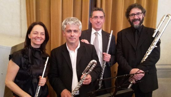 """Quartetto di flauti """"Toujours-Ensemble"""""""