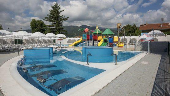 Glicini Summer: grigliata a bordo piscina