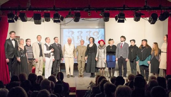 Teatro del Marchesato: Una donna che canta