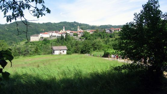 Alla festa di San Bendetto Belbo sui sentieri Fenogliani
