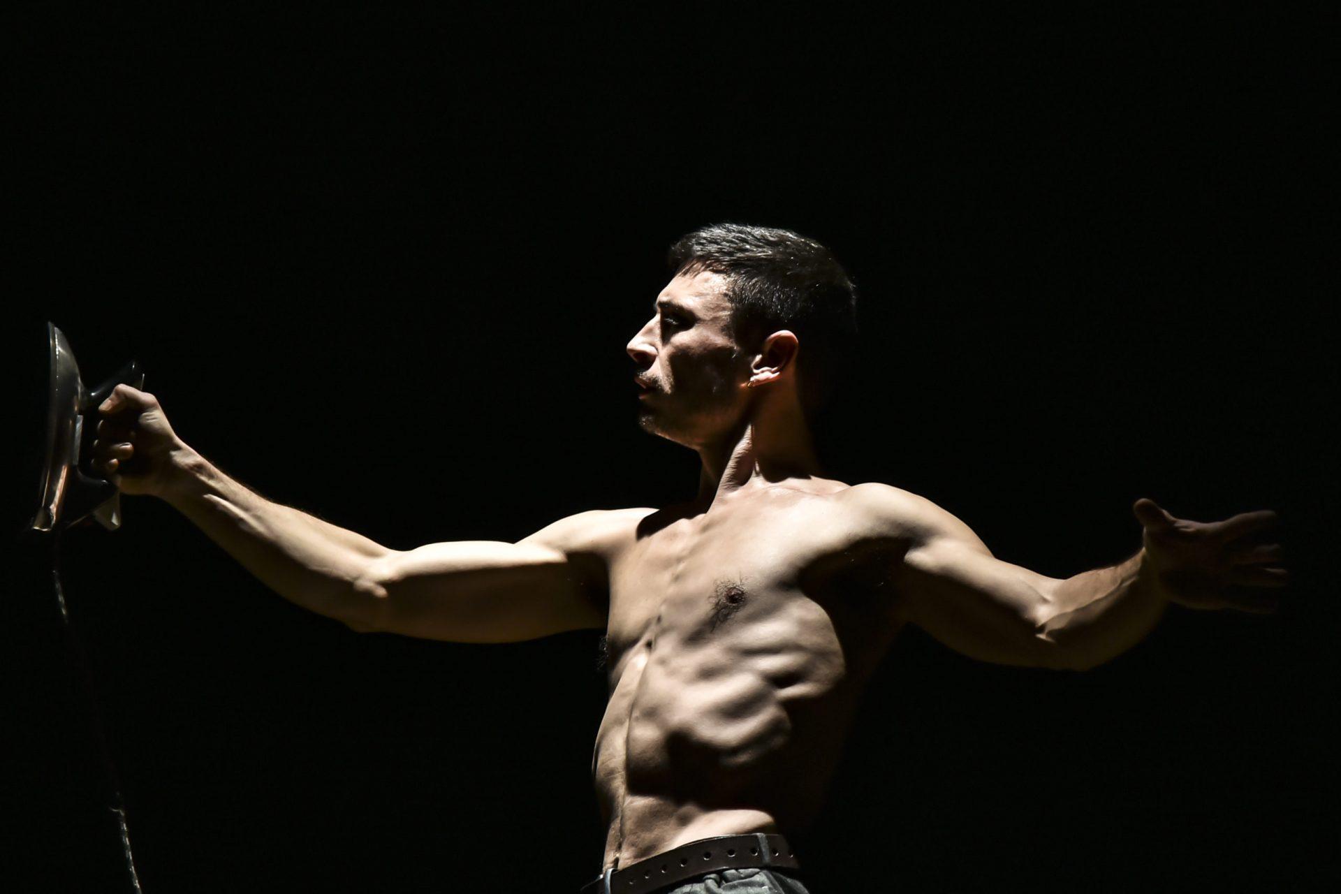 spettacolo circo contemporaneo mon circo asti magdalcan 15 e 16 febbraio