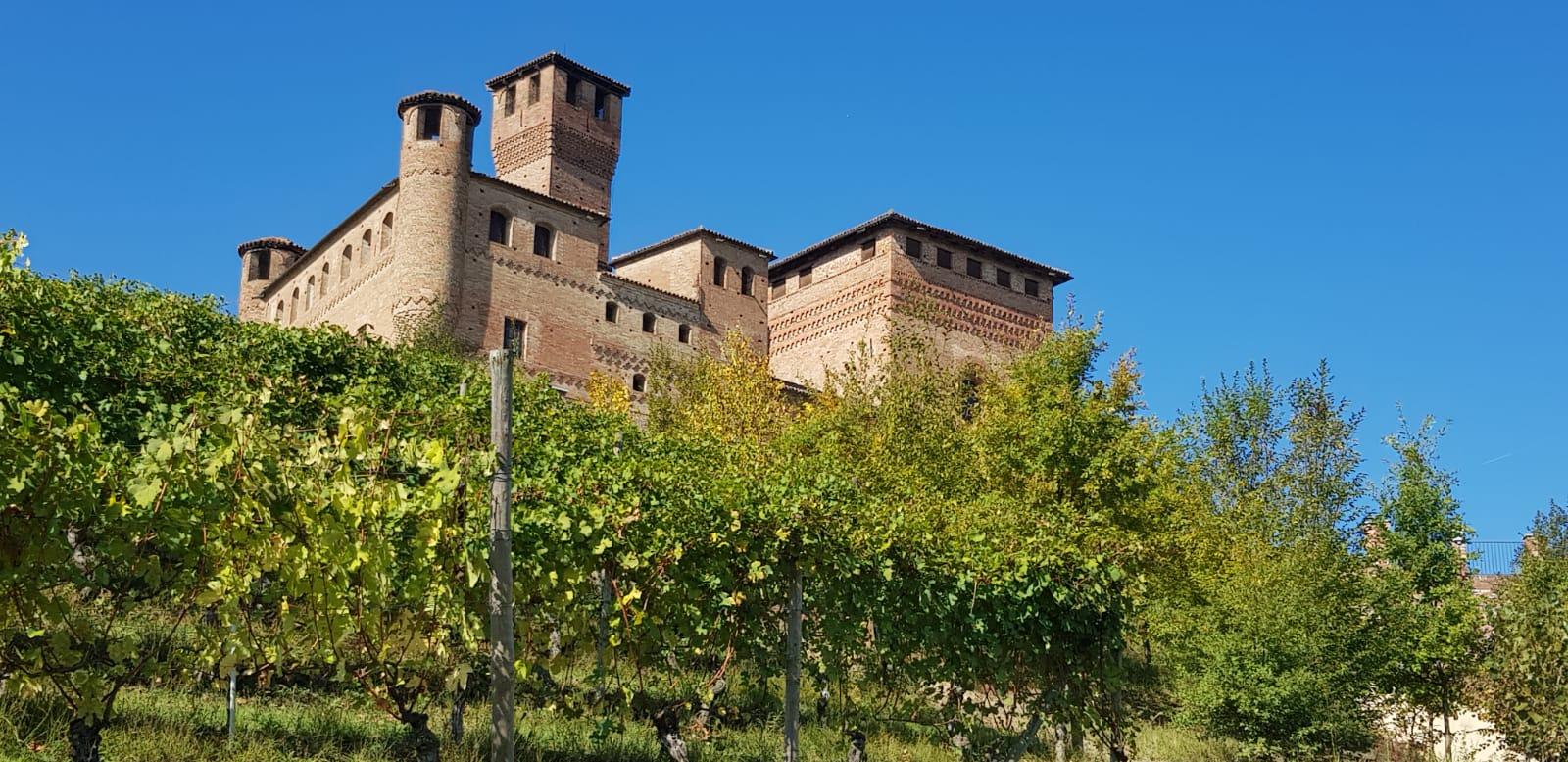 Castello di Grinzane